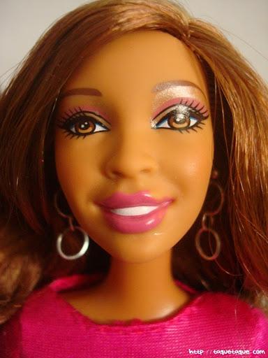 Diseños OOAK DIY by Taque-Taque para Barbie Fashionista: detalle de la carita de Artsy