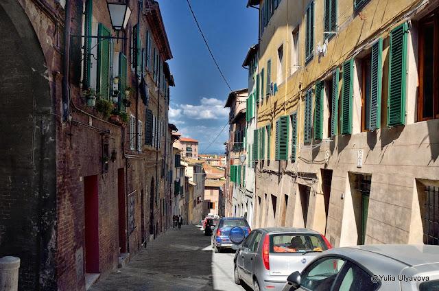 Улочки Сиены, Италия