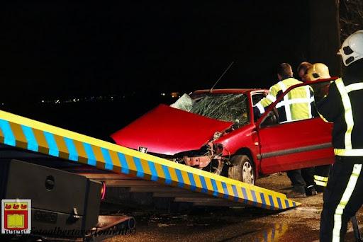 Automobilist gewond bij eenzijdig ongeval op de grens overloon venray 11-12-2012 (20).JPG