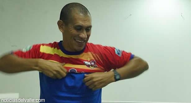 Noriega se pone la camisola de San Pedro