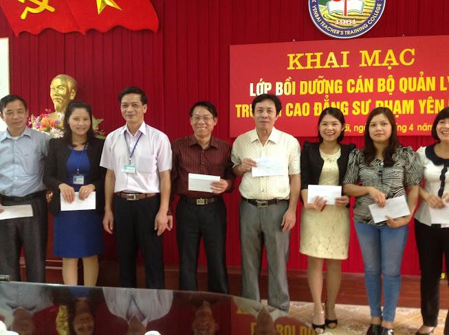 Trường Cao đẳng Sư phạm Yên Bái tổ chức bồi dưỡng NVQL cho các cán bộ chủ chốt của Trường