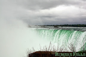 Click for our Niagara Falls  travel pics