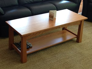 18″ x 48″ x 20″ Shaker Coffee Table in Cinnamon Oak