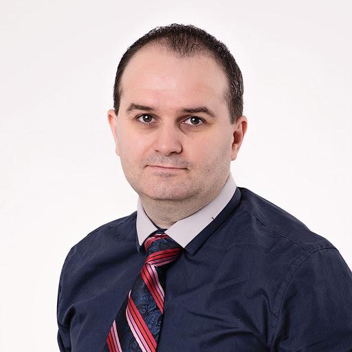 Veselin Petrunov review