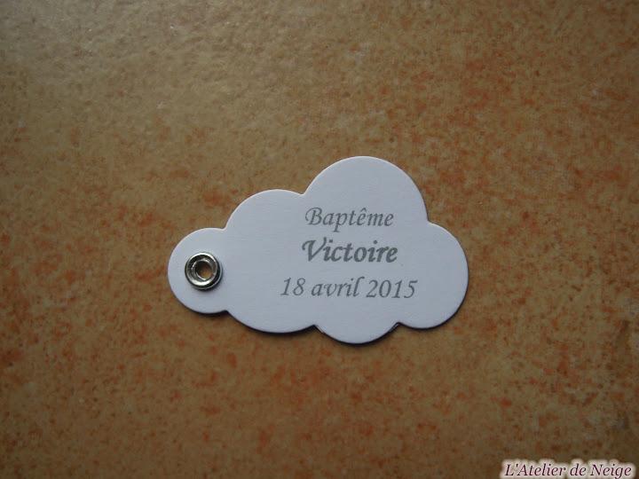 123 - Etiquettes à dragées Baptême  Victoire 18 avril 2015