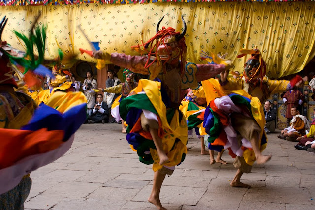 Bailes del festival de Paro, Bután