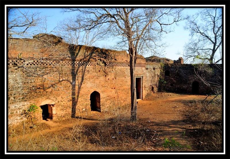 Old Palamu Fort - Courtyard