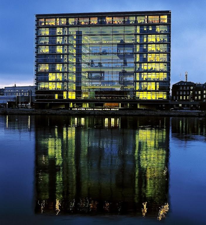 *Nykredit Headquarters:玻璃帷幕的設計猶如一棟水晶大樓! 5