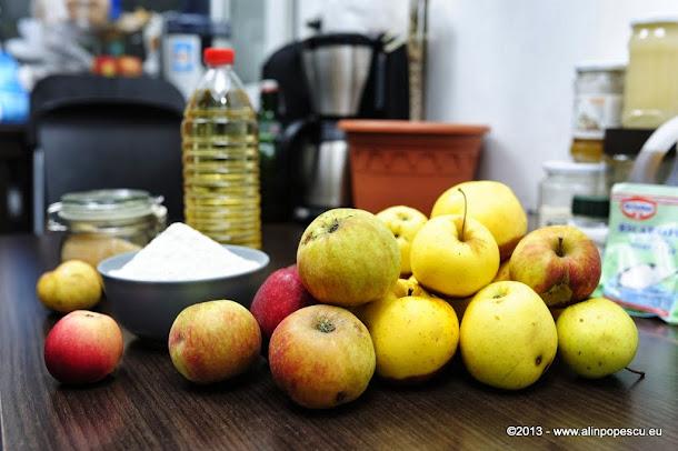 Ingredienta placinta cu mere