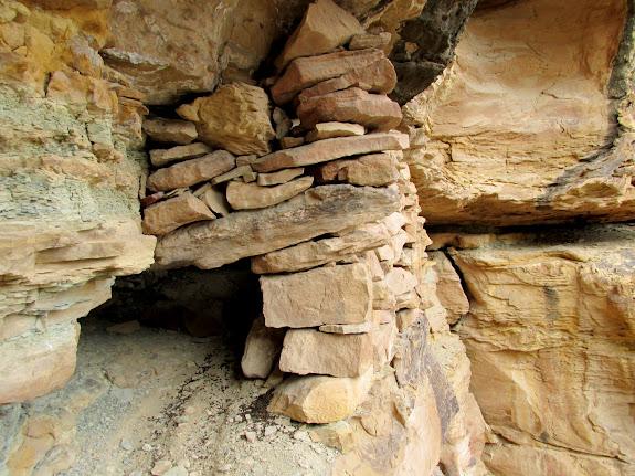 Small crawl-hole into a ruin