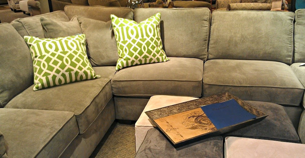 Living Room Sectional from Havertys #PicturePerfect