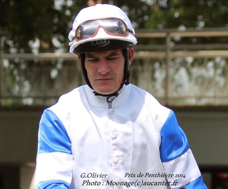 Jockeys' attitudes IMG_0706