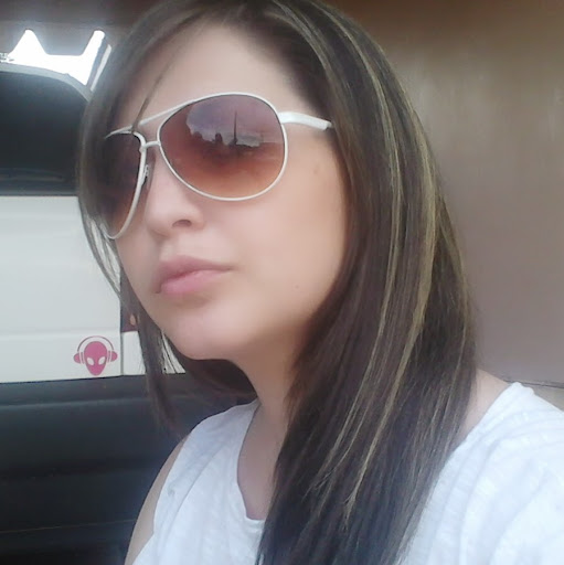 Debora Ferreira