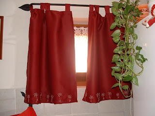 Hímzett függöny, embroidery