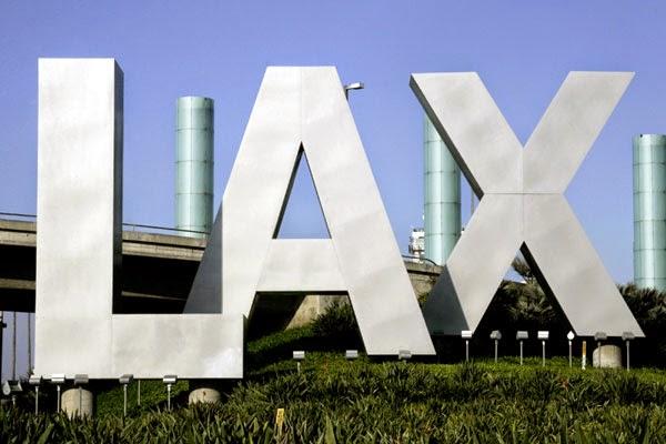 Llegada a los Angeles y alquiler de coche con Alamo