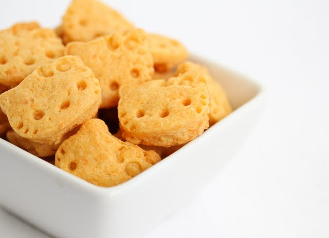 close-up photo of cheddar crackers in a bowl