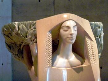 ヴァンジ彫刻02