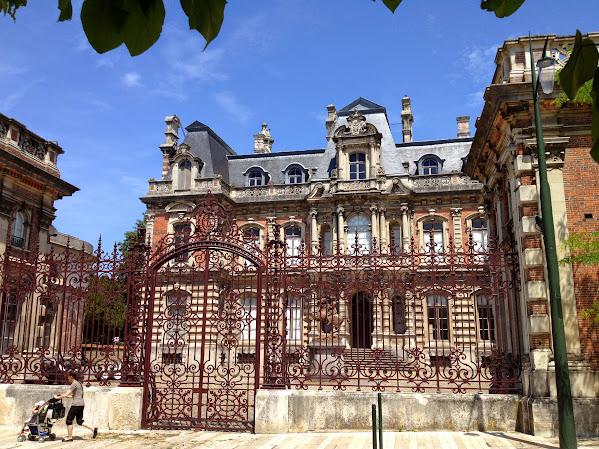 Château-Perrier - замок Перье - достопримечательности Эперне