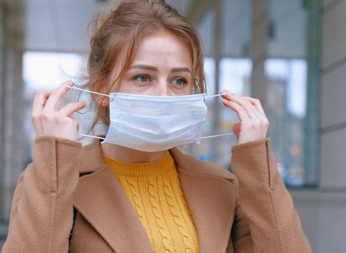Врачи рассказали о правилах ношения масок на улице в мороз