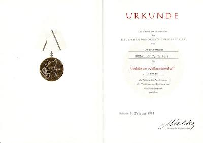 210b Medaille der Waffenbrüderschaft bronze http://www.ddrmedailles.nl