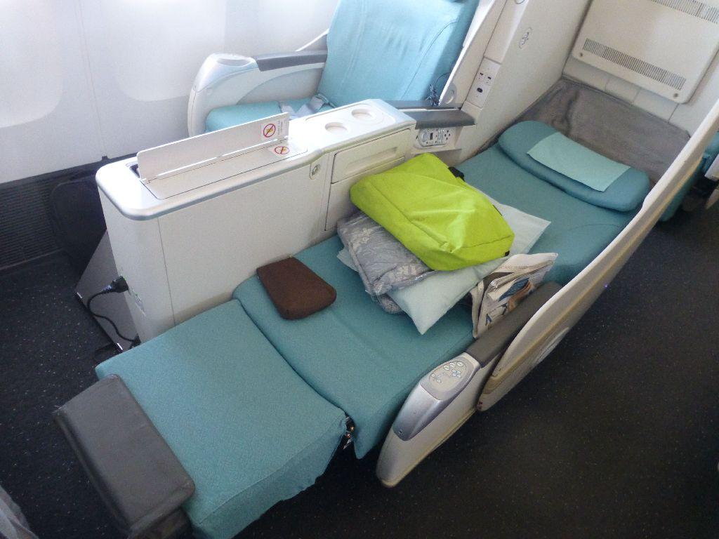 avis du vol korean air seoul paris en affaires. Black Bedroom Furniture Sets. Home Design Ideas