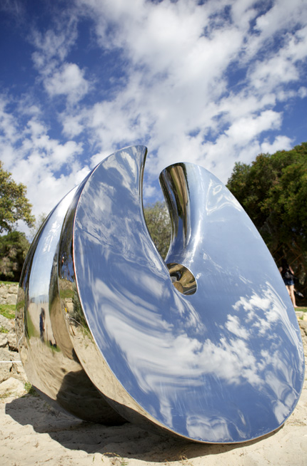Mirror Polished Stainless Steel Sculpture China