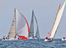 J/109 rounding mark at Tour de Belle Ile, France