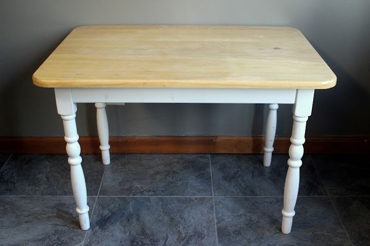 Farmhouse side table from the rental inventory of www.momentarilyyours.com, $10.00.