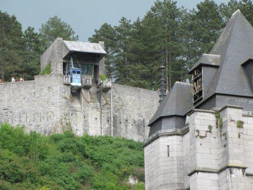 De kabelbaan naar de citadel.