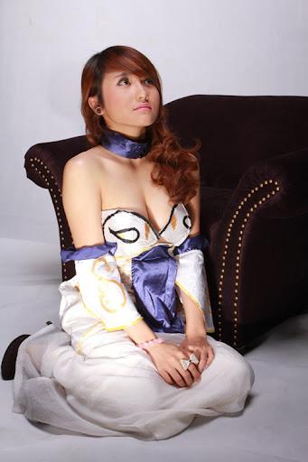 Game thủ Việt gợi cảm với trang phục công chúa Tuyết 2