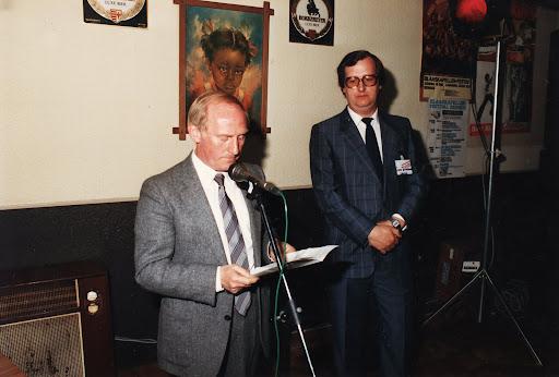 Burgemeester Theo Schoofs.jpg
