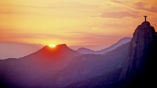 Christ the Redeemer at Sunset, Rio de Janeiro, Brazil.jpg
