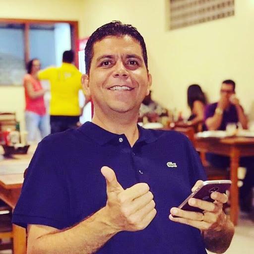 Emilio Almeida