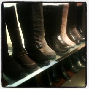 Menurut saya koleksi boots yang ada cukup nyaman 670ddc6871