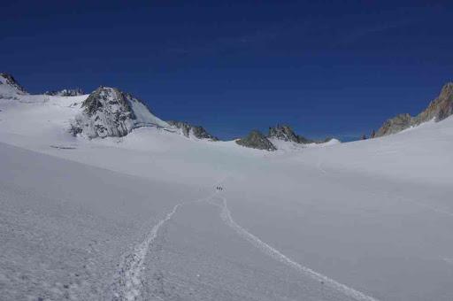 Progression sur le glacier du Trient
