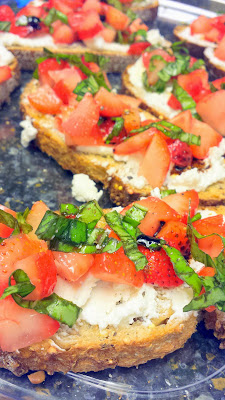 Strawberry Bruschetta, vegetarian and easy to put together with fresh strawberries, basil, olive oil and balsalmic vinegar, and fresh goat cheese on good bread
