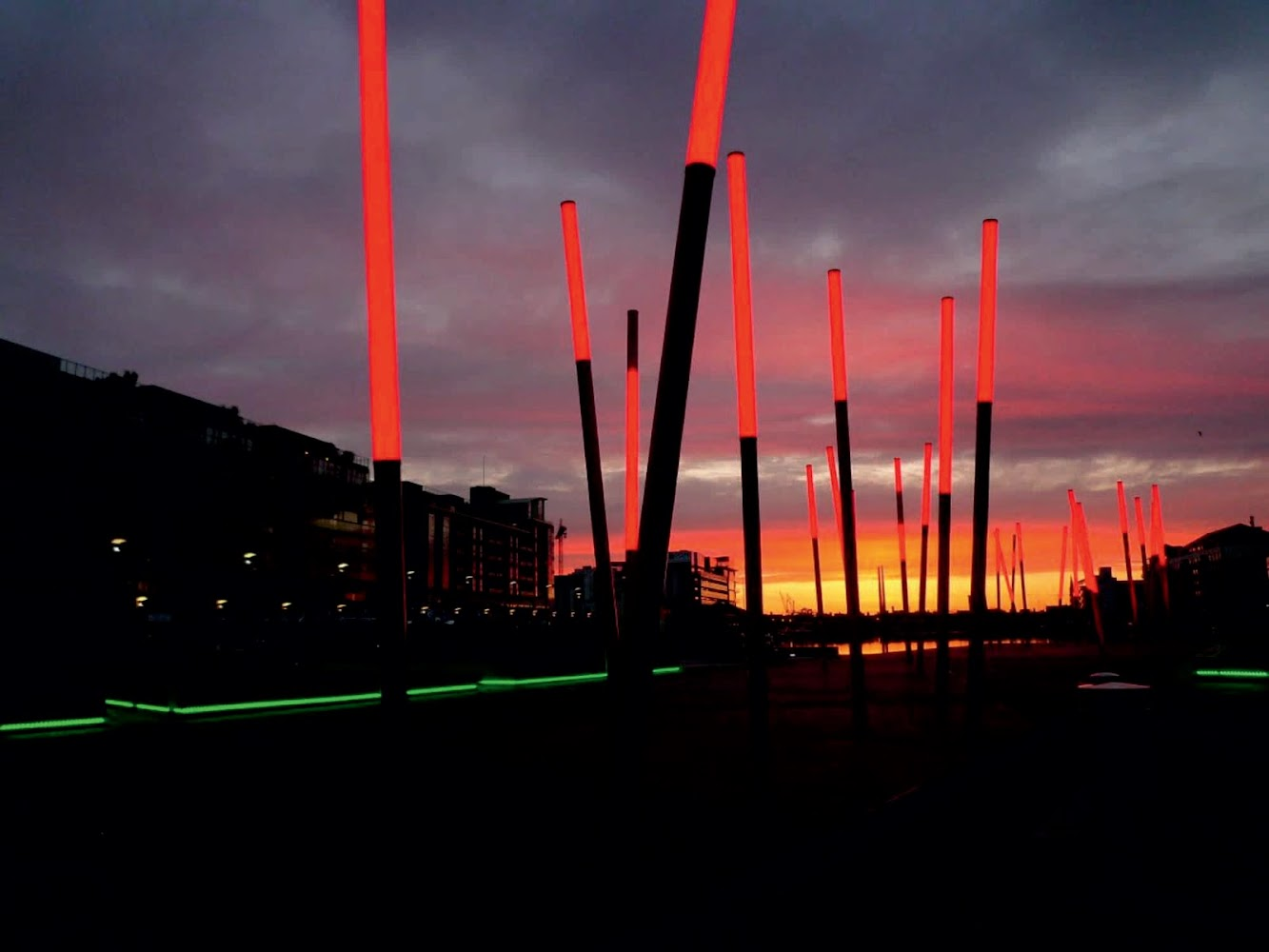 Dublino, Co. Dublino, Irlanda: Grand Canal Square by Martha Schwartz Partners