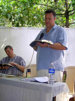 Tom speaking at pastor's meeting in Amellepolly...he had not slept in nearly 3 days at this point