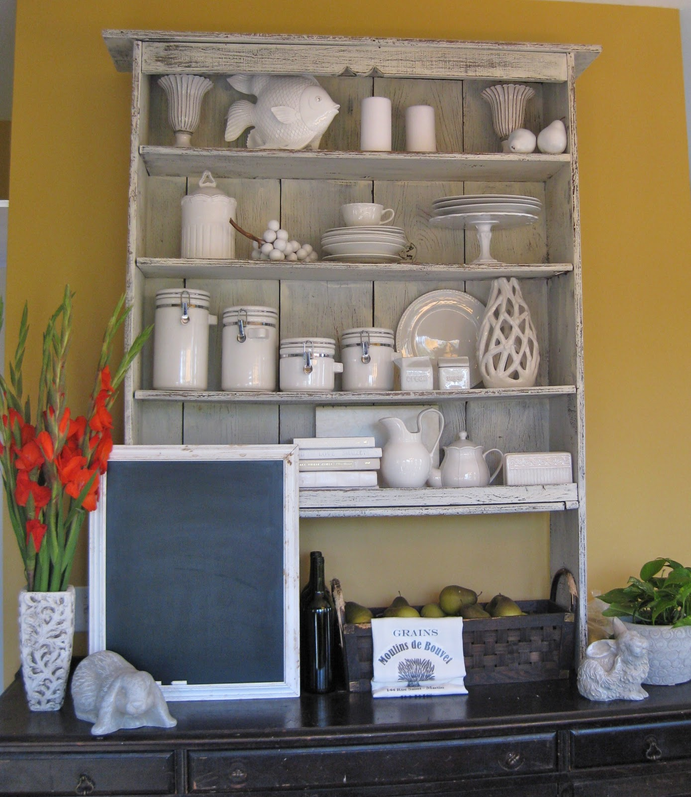 crafty couture kitchen make over buffet and hutch. Black Bedroom Furniture Sets. Home Design Ideas