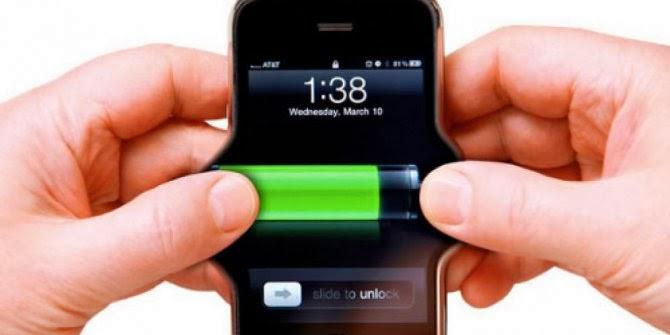 Lima tips dalam menghemat daya baterai ponsel cerdas atau Smartphone agar bisa nyala terus seharian.