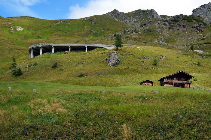 Австрия: Вена, долина Вахау, Зальцкаммергут (Туман, дождь, облака, солнце, радуга)