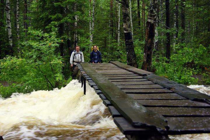 Мост через тесьму