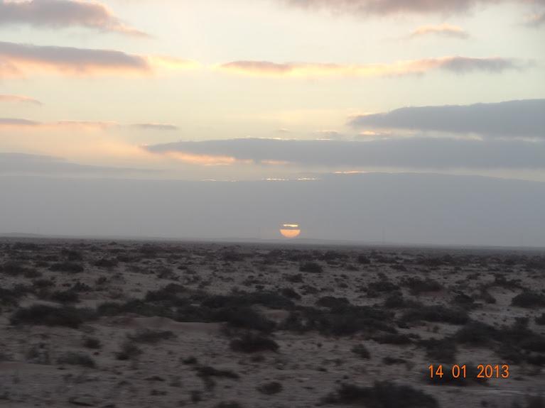 Marrocos e Mauritãnia a Queimar Pneu e Gasolina - Página 5 DSC05784