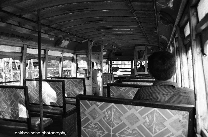 kolkata bus, morning