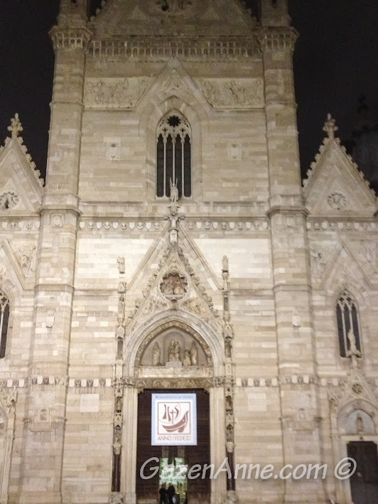 Napoli'deki Duomo