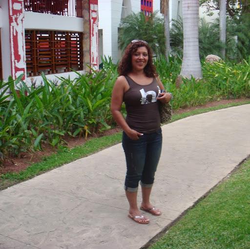 Norma Menendez Photo 3