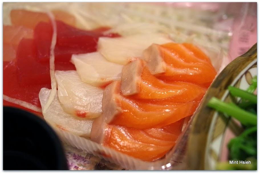 生魚片(圖3枚)