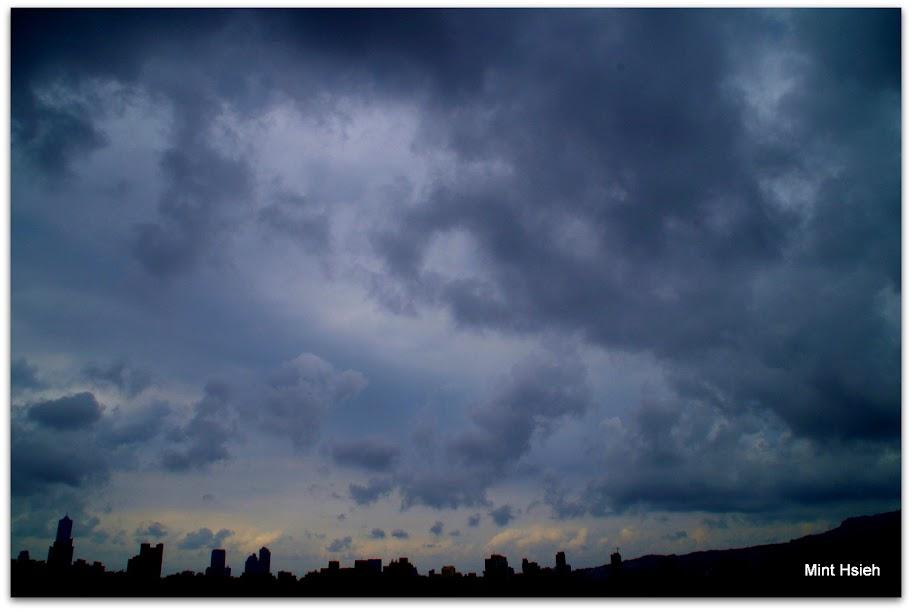 颱風尾掃過的天空(圖6枚)