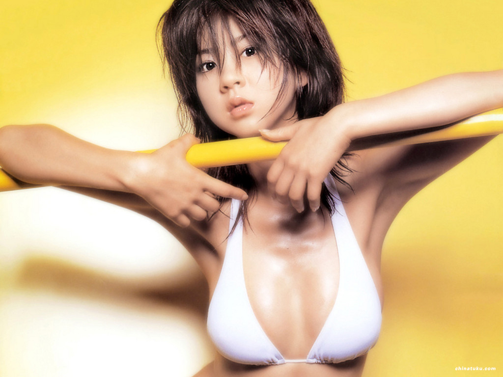 Aki-Hoshino - Click here to view Full Image