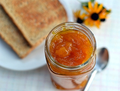Cook's Hideout: Peach-Mango Jam with Vanilla